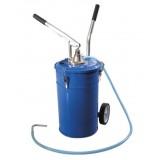 Емкость для нагнетания масла 20л с рычажным нагнетателем Partner PA-1002